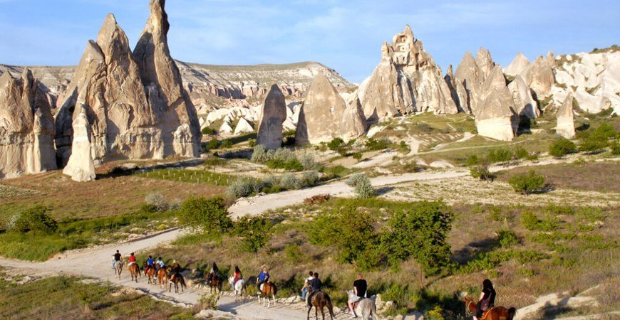 Pamukkale to Cappadocia Bus Tour