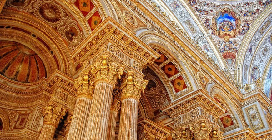 Istanbul Tour to Dolmabahce Palace & Two Continents