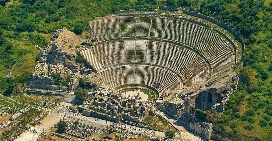 Ephesus and Pamukkale in One Day Tour From Istanbul