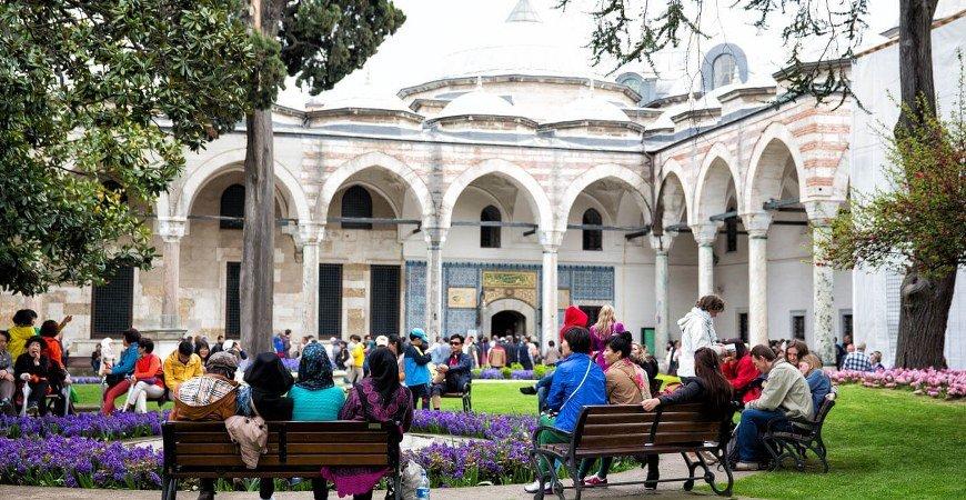 Bosphorus Cruise & Ottoman Relics Tour