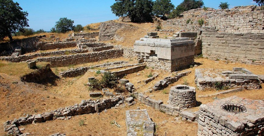 Kusadasi Selcuk to Gallipoli and Troy Tours Continue Istanbul